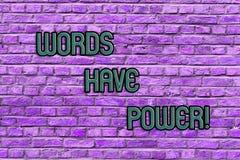 显示词的概念性手文字有力量 企业照片文本能量能力愈合帮助妨害谦逊和 库存照片