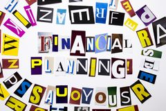 显示财政规划的概念词文字文本由企业案件的另外杂志报纸信件制成在whi 图库摄影