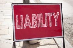 显示责任的概念性手文字文本说明启发 责任法律责备的风险书面o企业概念 库存图片