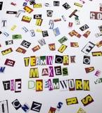 显示配合的概念词文字文本做梦想工作由企业案件的另外杂志报纸信件制成 库存图片