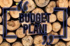 显示预算计划的概念性手文字 企业照片支出和收入的文本估计集合期间的  库存图片