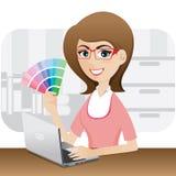 显示颜色图表的动画片女孩图表设计师 免版税库存图片