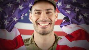 显示骄傲的美军士兵的数字动画微笑对照相机 股票录像