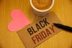 显示黑星期五的概念性手文字 企业照片在感恩购物折扣清除以后发短信给特殊的拍卖 免版税图库摄影