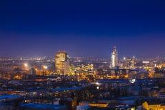 显示AZ塔,布尔诺,捷克Repub的布尔诺Nightime地平线 免版税库存照片