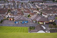 显耀的宽容Bogside,爱尔兰共和党运动的家在市伦敦德里在北爱尔兰 免版税库存照片