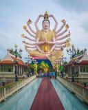 晁Mae Kuan Im或观音工业区,观音菩萨,在酸值苏梅岛海岛上的Wat Plai Leam寺庙的,泰国 免版税库存图片