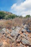 晃动在山的结构在克利特海岛希腊上 免版税库存照片