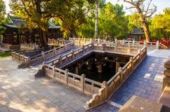 晋祠纪念寺庙(博物馆)场面。驾驶桥楼 免版税图库摄影