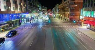 晚上交通在斯德哥尔摩,瑞典定期流逝 股票视频