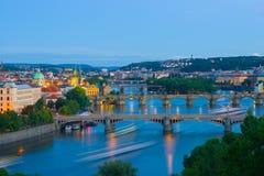 晚上全景布拉格视图 免版税库存照片