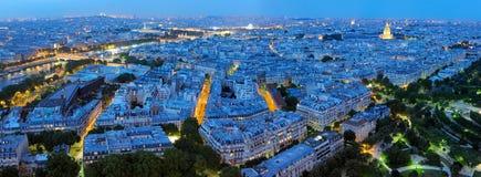 晚上全景巴黎 免版税图库摄影