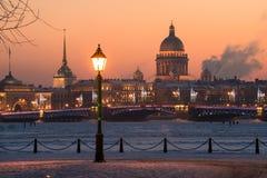 晚上圣彼得堡 库存照片