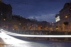 晚上圣彼德堡,俄罗斯 库存图片