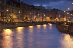 晚上圣彼德堡,俄罗斯 图库摄影