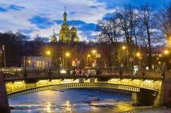 晚上在圣彼得堡,俄罗斯 图库摄影