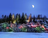 晚上在大理石猎物Ruskeala点燃在w的卡累利阿 免版税库存图片