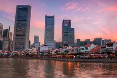 晚上在新加坡唐人街  免版税库存图片
