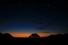 晚上在沙漠 图库摄影
