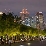 晚上大阪地平线 库存照片
