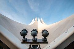 晚上太阳的柏林Tempodrom 图库摄影