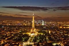 晚上巴黎视图 库存图片