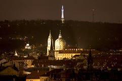 晚上布拉格 cesky捷克krumlov中世纪老共和国城镇视图 免版税库存照片