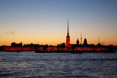 晚上彼得斯堡st白色 免版税库存图片