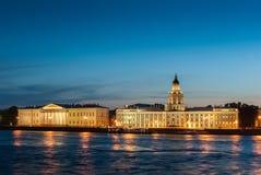 晚上彼得斯堡st 库存照片