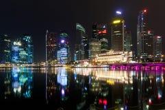 晚上新加坡 免版税图库摄影