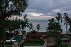 晚上旅馆Impiana手段Chaweng Noi的疆土 免版税库存照片