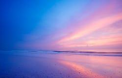 晚上海洋 库存图片