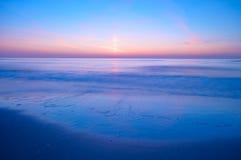 晚上海洋 免版税库存照片