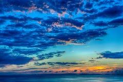 晚上海滩冲绳岛 库存图片
