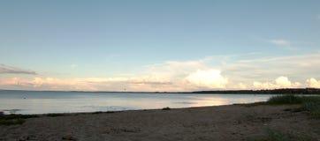 晚上海滩视图 库存照片