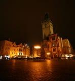晚上老方形城镇 库存图片
