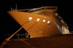 晚上船 免版税库存图片