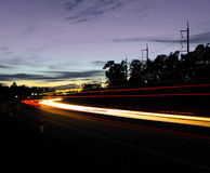 晚上街道。 库存图片