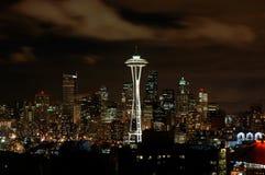 晚上西雅图 库存照片