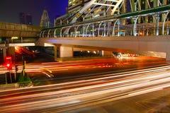 晚上轻的城市 免版税库存图片