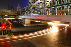 晚上轻的城市 库存图片