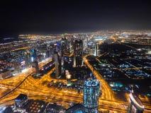 晚上迪拜 免版税图库摄影