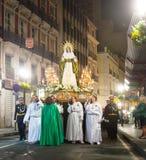 晚上队伍Semana圣诞老人在阿利坎特 免版税库存照片