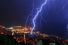 晚上风暴雷 图库摄影