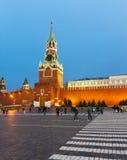 晚上,克里姆林宫,莫斯科,俄罗斯Spasskaya塔  免版税图库摄影