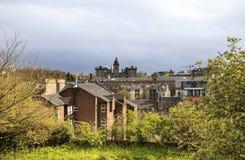 晚上晴朗的光芒的爱丁堡在雨前 免版税图库摄影