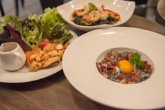 晚餐的意大利食物 免版税库存图片