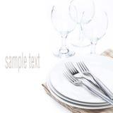 晚餐的-板材,叉子和玻璃碗筷,被隔绝 图库摄影