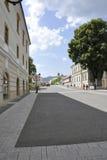 晨曲卡罗来纳州, 6月15日:从晨曲卡罗来纳州堡垒庭院的大街在罗马尼亚 库存照片