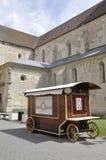 晨曲卡罗来纳州, 6月15日:从晨曲卡罗来纳州堡垒庭院的报亭在罗马尼亚 图库摄影